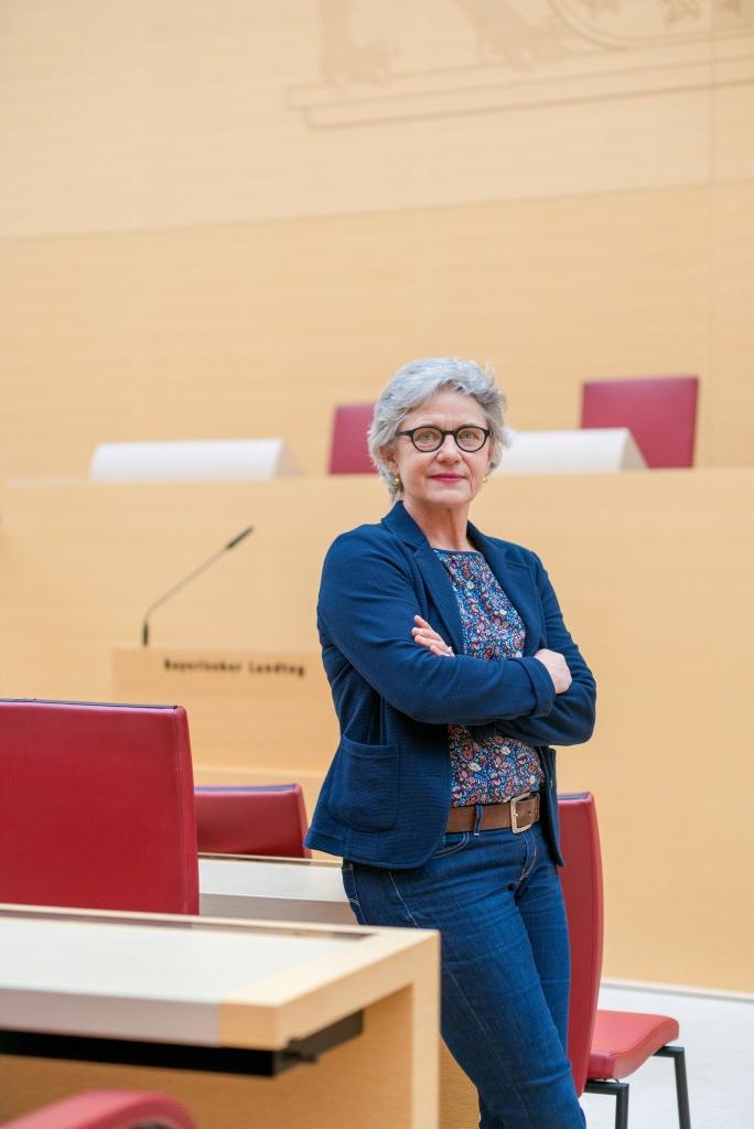 Gabriele Triebel im Bayrischen Landtag, Pressebild (www.gabriele-triebel.de)